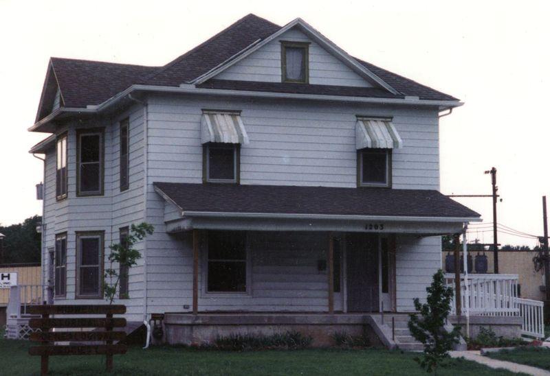 Dester House 1989