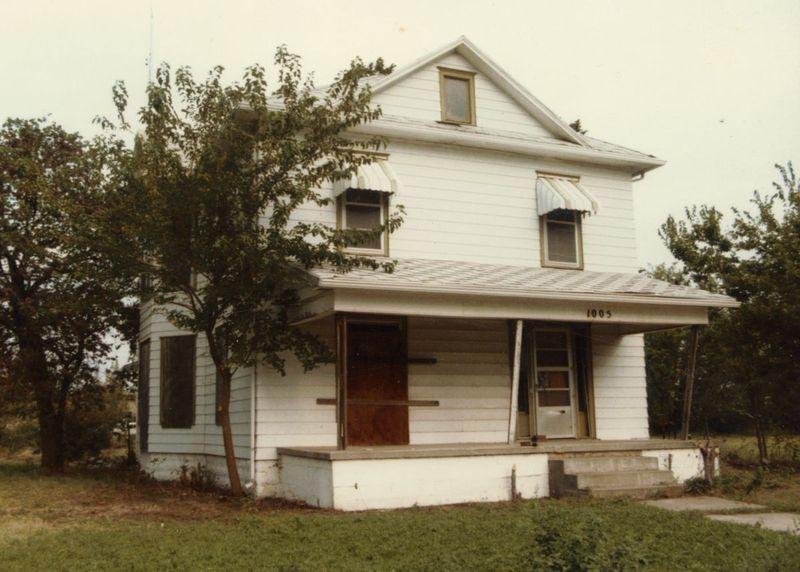 Dester House 1985