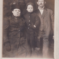 Mr and Mrs W. C. Pearson and son Carl Leon<br />